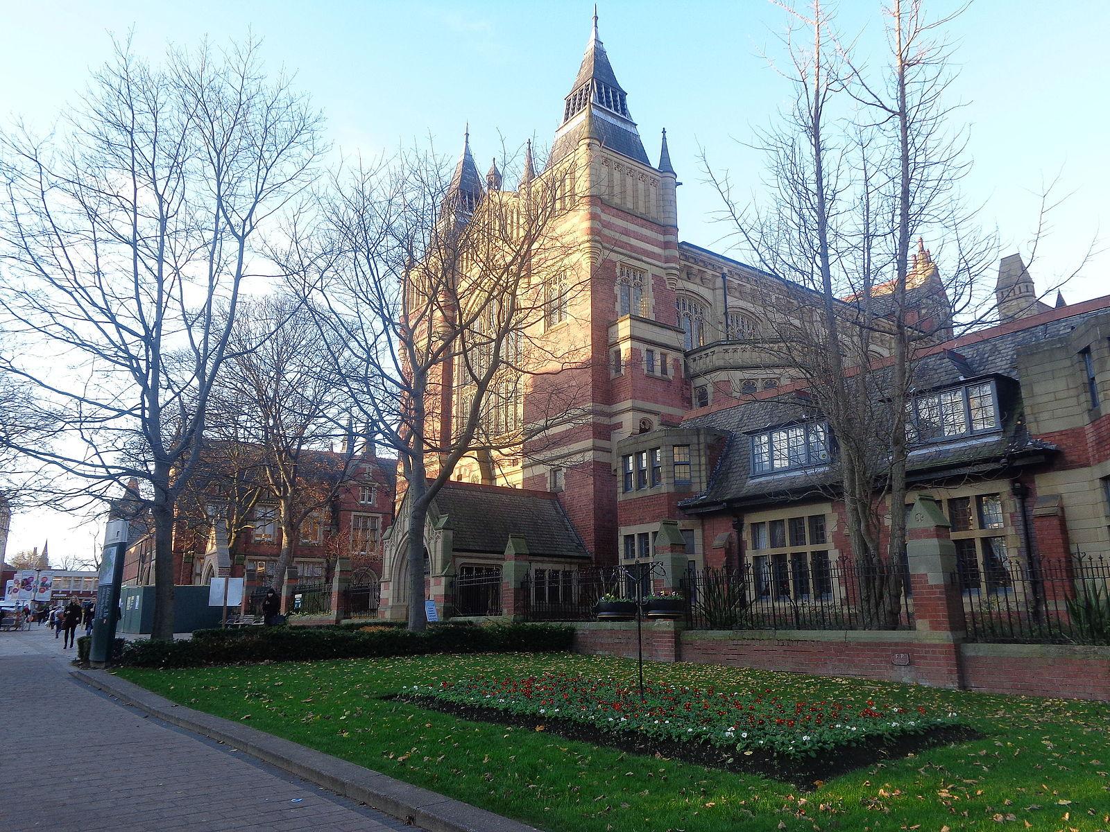 Great Hall, University Of Leeds (5th December 2014) 002